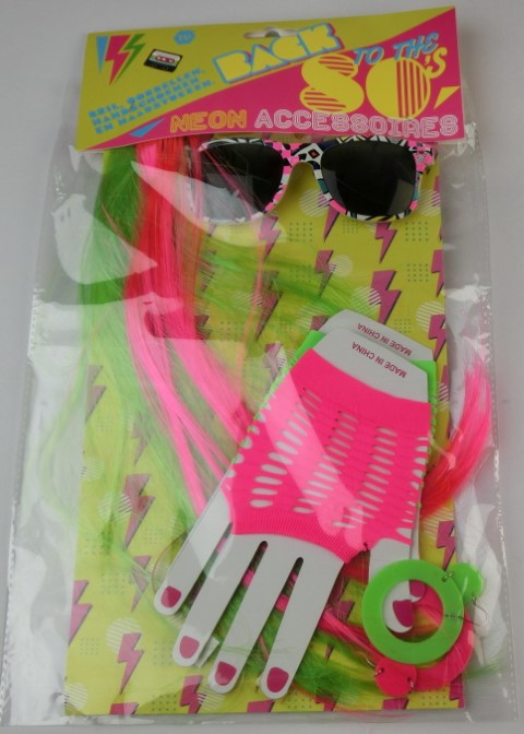 Neon accessoires back to the 80's