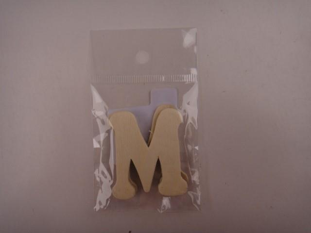 Letter hout M