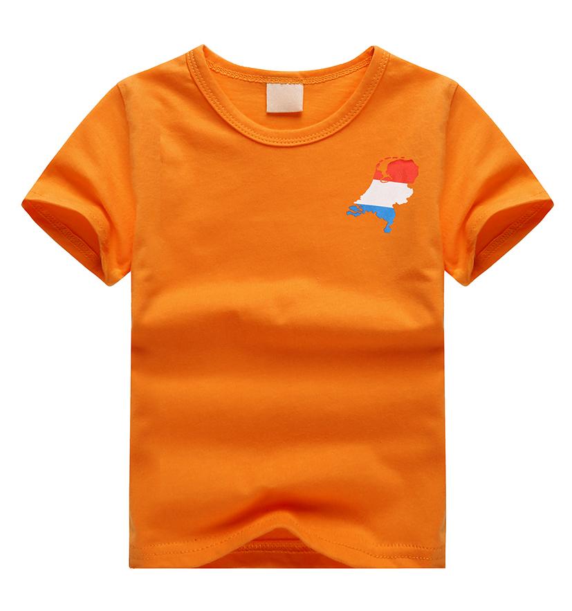 T-shirt oranje maat 134-146